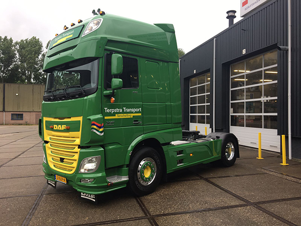 daf xf 510 ft super space cab voor terpstra transport