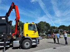 DAF CF 290 FAN voor gemeente Ameland een Palfinger-autolaadkraan en 20 ton VDL low version haak armsysteem- Door het juiste onderhoud aan uw autolaadkraan, houden wij uw truck op de weg!