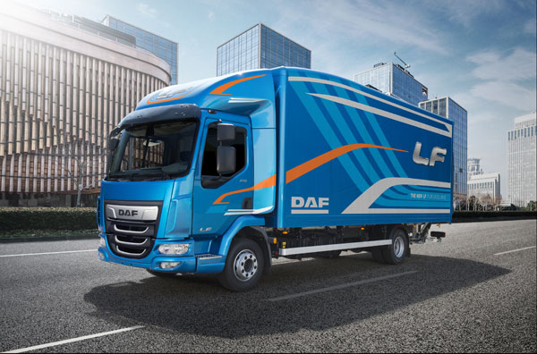 The New LF DAF LF - DAF Transport Efficiency vormt de basis van Pure Excellence