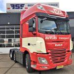 3e Nieuwe DAF XF 480 FTG 6x2 voorloopas trekker voor de Vlas Transport