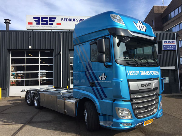 nieuwe DAF XF 480 6x2 FAN low deck Super Space Cab voor Visser Transporten Bolsward