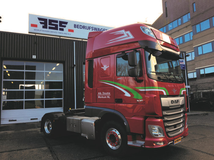 DAF XF 480 FT 4x2 voor Douma Transport Workum