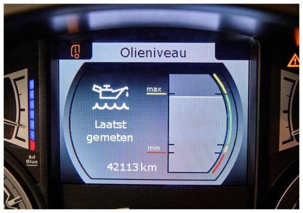 Dagelijkse controle vrachtwagen - Olieniveau