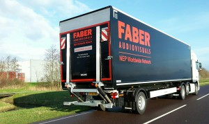Krone kasten city trailer afgeleverd door BSF aan Faber audiovisuals